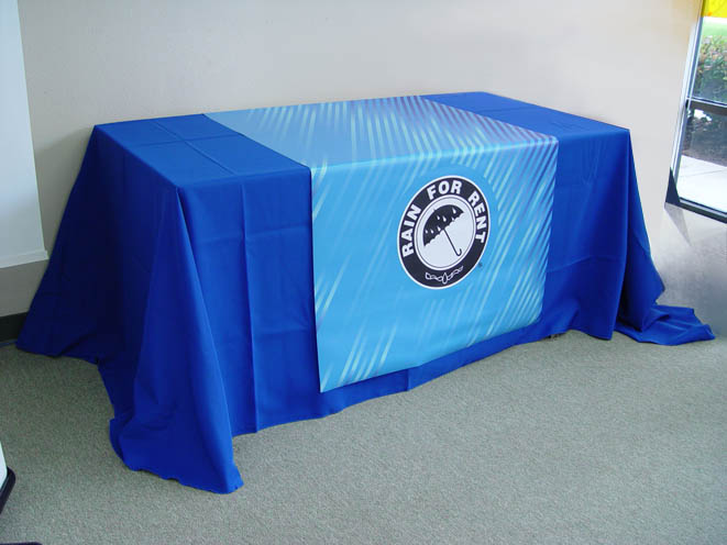 table runner trade show display